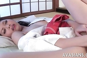 Beauty asian masseuse wants to ambiance some cocks dominant the brush