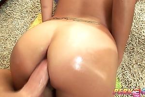 PervCity Kandice Up Her Asian AssHole