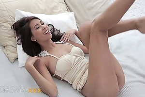 ORGASMS Young busty asian indian girl romantic family with creampie