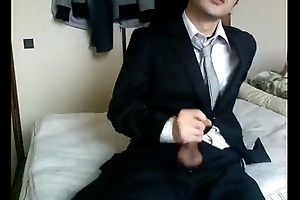 Suit mess off