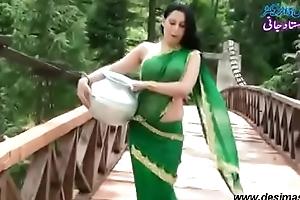 Roopi Shah Paki slut lacking wide blouse - nipple showing wide wet saree- Desimasala.co