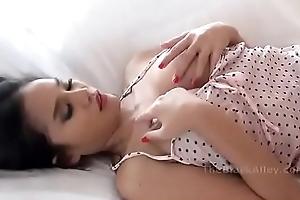 Thai Whittle Big Boobs