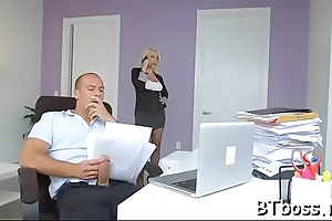 Erotic boss lady gives a hot blowjob and gets a mouthful guck