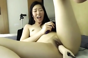 Fucking Machine on Cam Asian