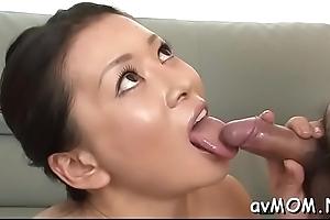 Pretty young mom seduces lad