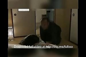 Novinha dormindo e avo molestar e estupra Sleeping Fit together abused by Father parte1