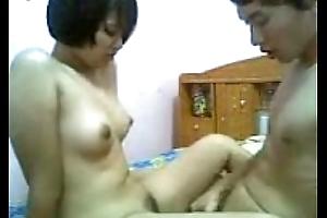 Thai girl get fianc� within reach home